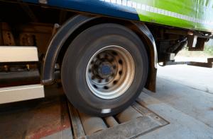Rolling road brake tester